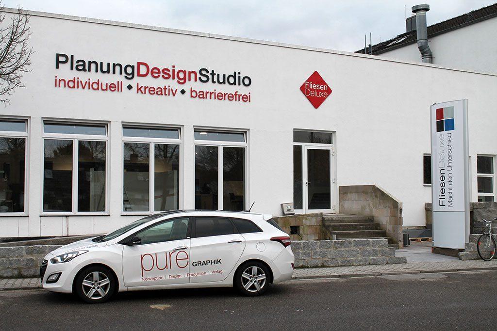 Konzept Logo Fliesen-Studio und Warenverkauf